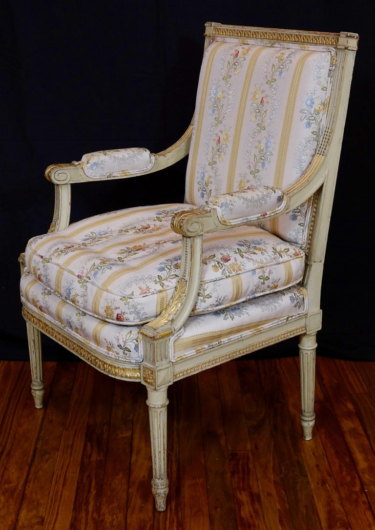 Pair of Louis XVI Style Fauteuils or Armchairs with Silk Lampas Fabric For Sale 6