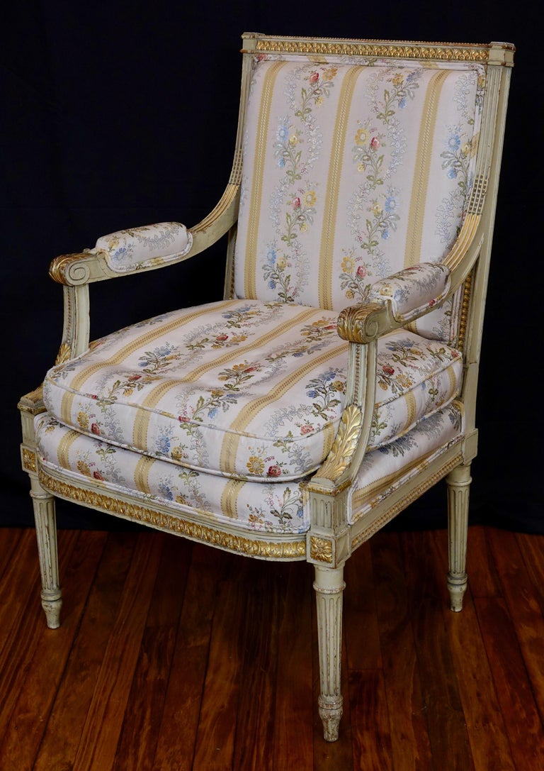 Pair of Louis XVI Style Fauteuils or Armchairs with Silk Lampas Fabric For Sale 7
