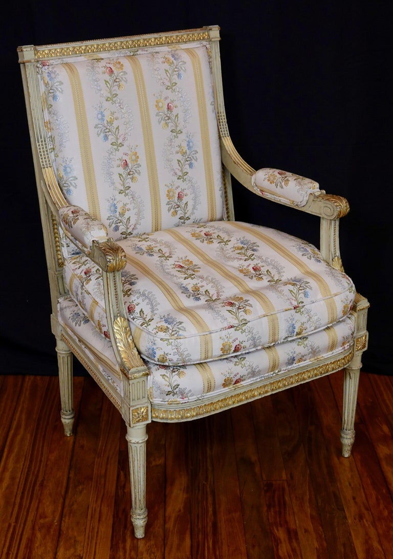20th Century Pair of Louis XVI Style Fauteuils or Armchairs with Silk Lampas Fabric For Sale