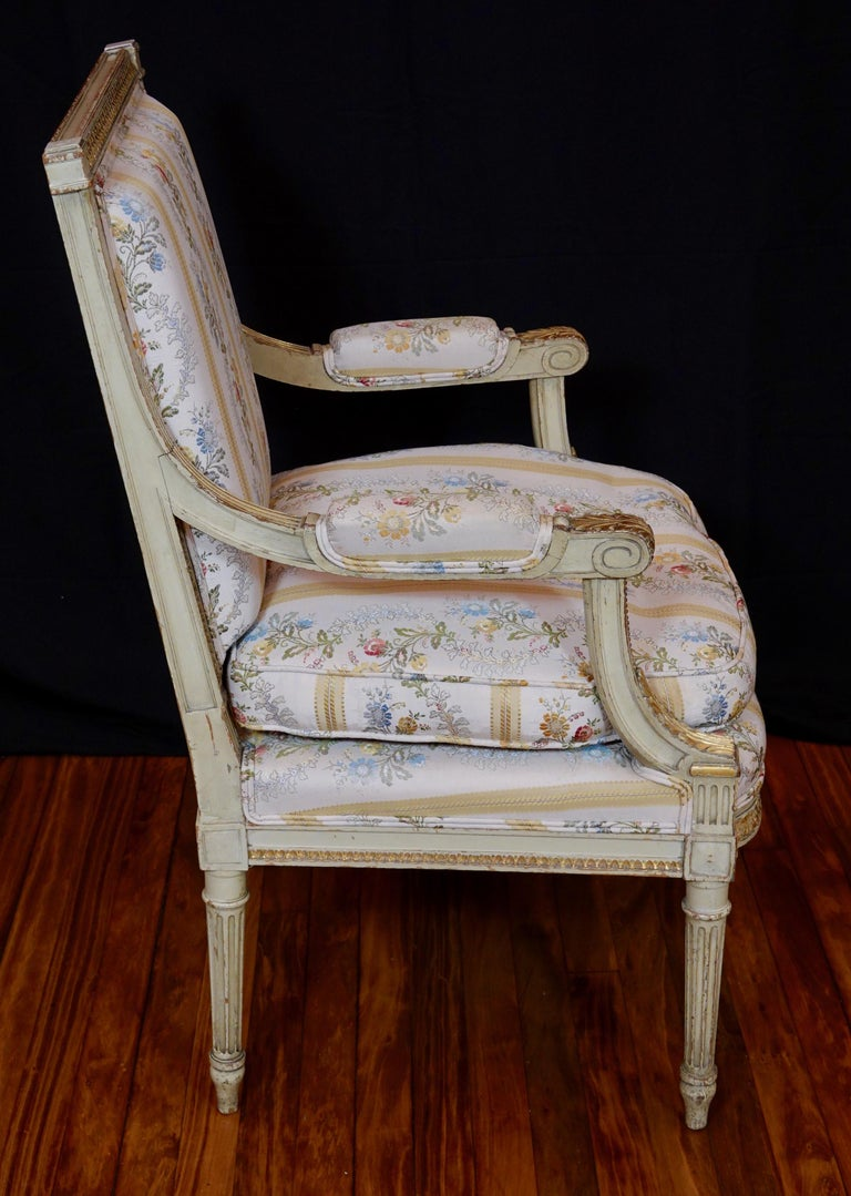 Pair of Louis XVI Style Fauteuils or Armchairs with Silk Lampas Fabric For Sale 1