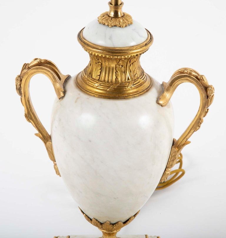 Pair of Louis XVI Style Marble Lamps In Good Condition For Sale In Stamford, CT