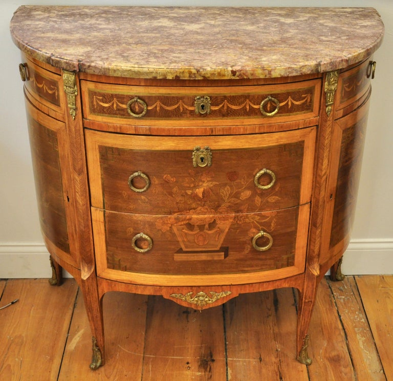 French Pair of Louis XVI Style Marble-Top Marquetry Inlaid Commodes For Sale