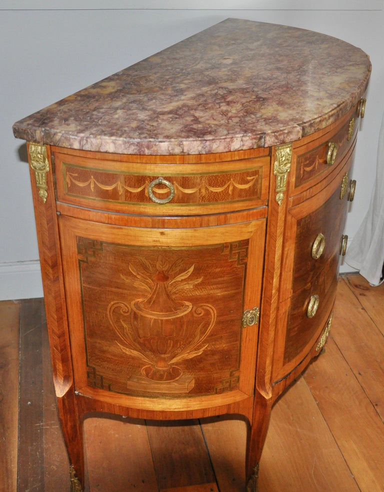 Kingwood Pair of Louis XVI Style Marble-Top Marquetry Inlaid Commodes For Sale