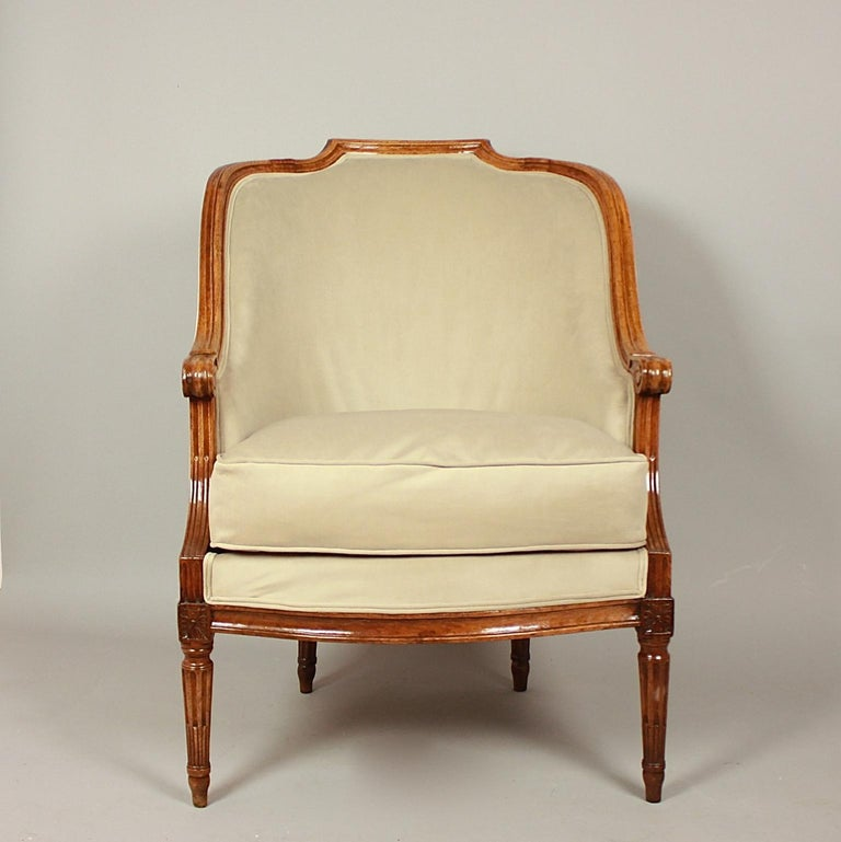 Late 18th Century Pair of Louis XVI Walnut Bergeres or Armchairs, French, circa 1780 For Sale