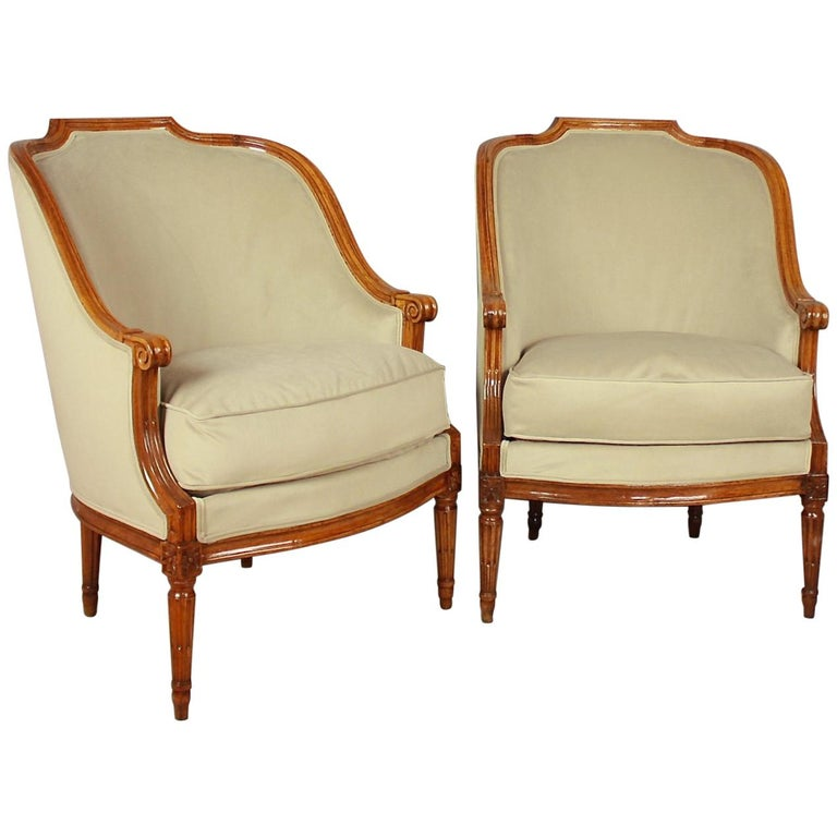 Pair of Louis XVI Walnut Bergeres or Armchairs, French, circa 1780 For Sale