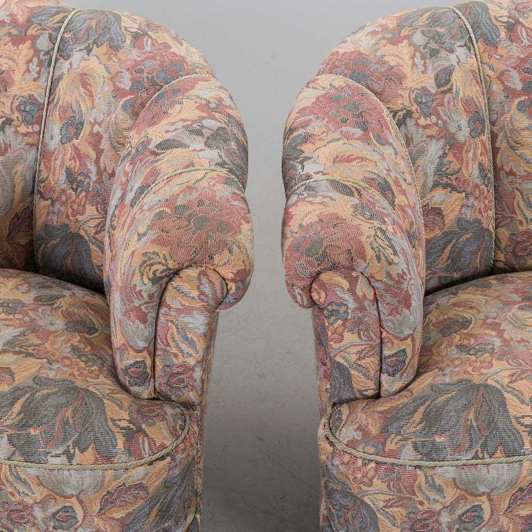 Swedish Pair of Lounge Armchairs For Sale