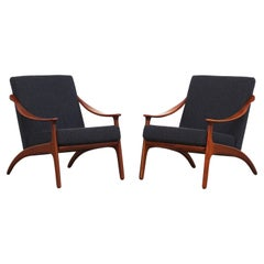 Pair of Lounge Chairs by Arne Hovmand Olsen for Mogens Kold Newly Reupholstered