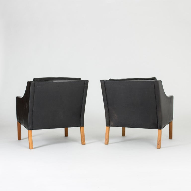 Scandinavian Modern Pair of Lounge Chairs by Børge Mogensen For Sale