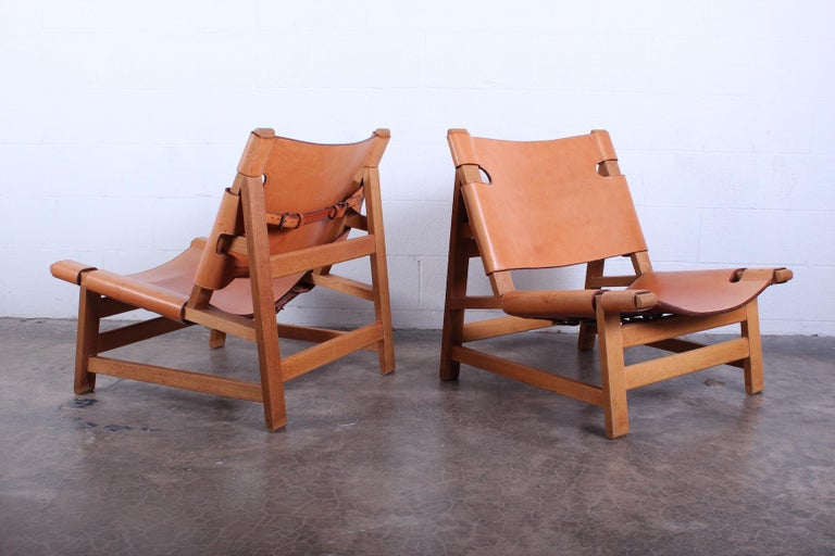 Mid-20th Century Pair of Lounge Chairs by Børge Mogensen For Sale