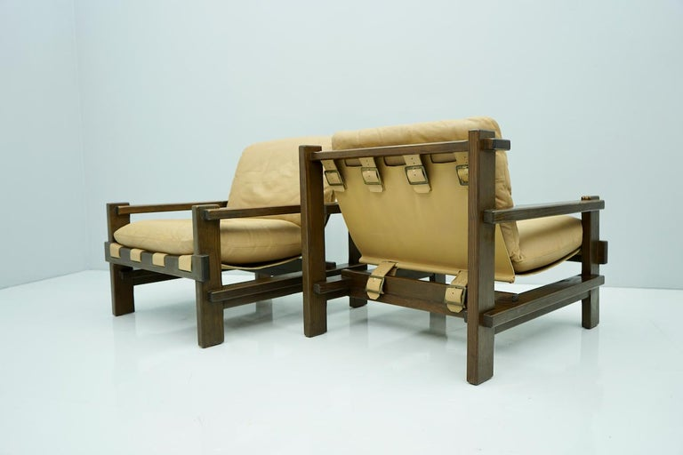 Pair of Lounge Chairs by Carl Straub Denmark 60s in Oak and Light Brown Leather In Good Condition For Sale In Frankfurt / Dreieich, DE