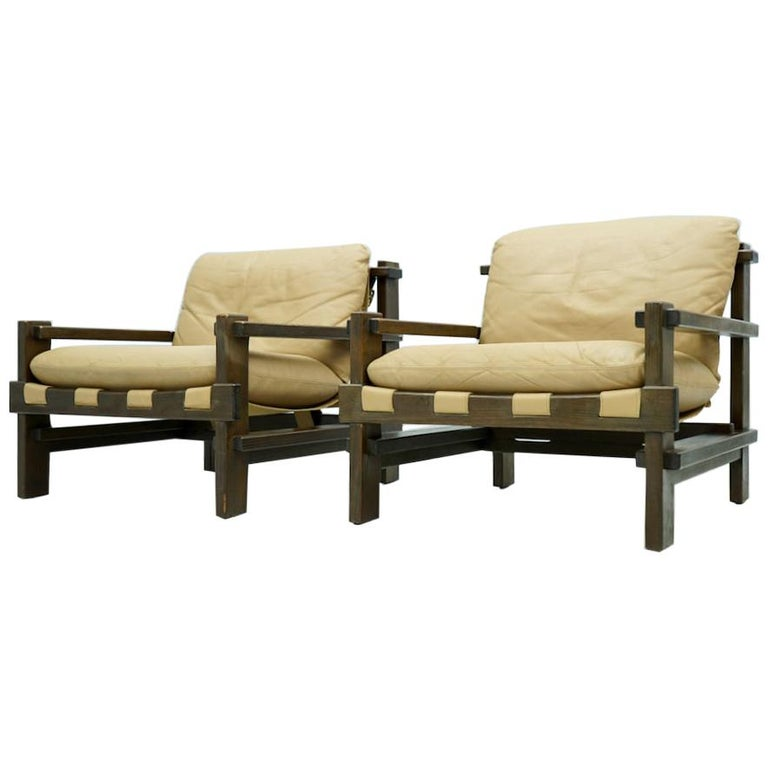 Pair of Lounge Chairs by Carl Straub Denmark 60s in Oak and Light Brown Leather For Sale