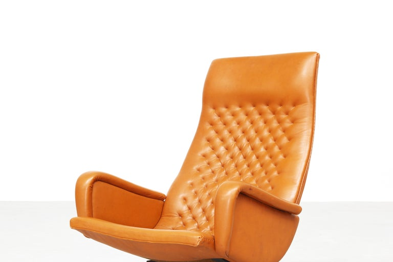 Pair of Lounge Chairs by De Sede Mod. Ds 51, Original 1970s in Cognac Leather In Good Condition For Sale In Berlin, DE