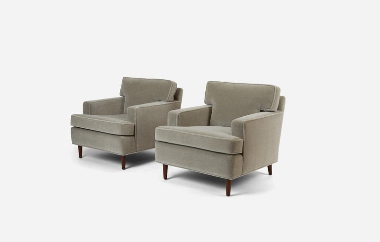 Mid-Century Modern Pair of Lounge Chairs by Edward Wormley for Dunbar