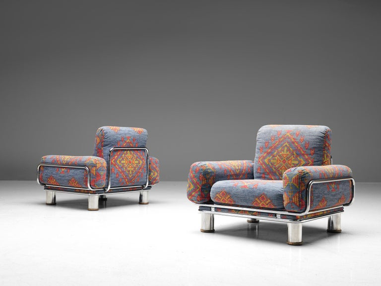 Gianfranco Frattini, pair of lounge chairs, fabric and chromed metal, Italy, 1970s