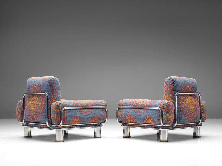 Italian Pair of Lounge Chairs by Gianfranco Frattini in Chromed Metal For Sale