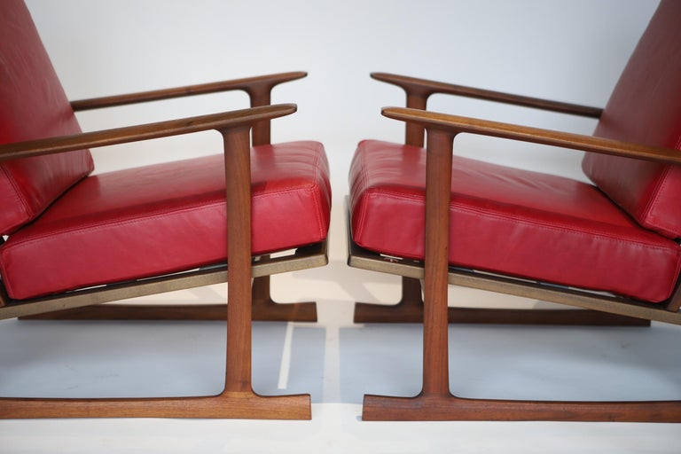 Pair of Lounge Chairs by Ib Kofod-Larsen For Sale 5