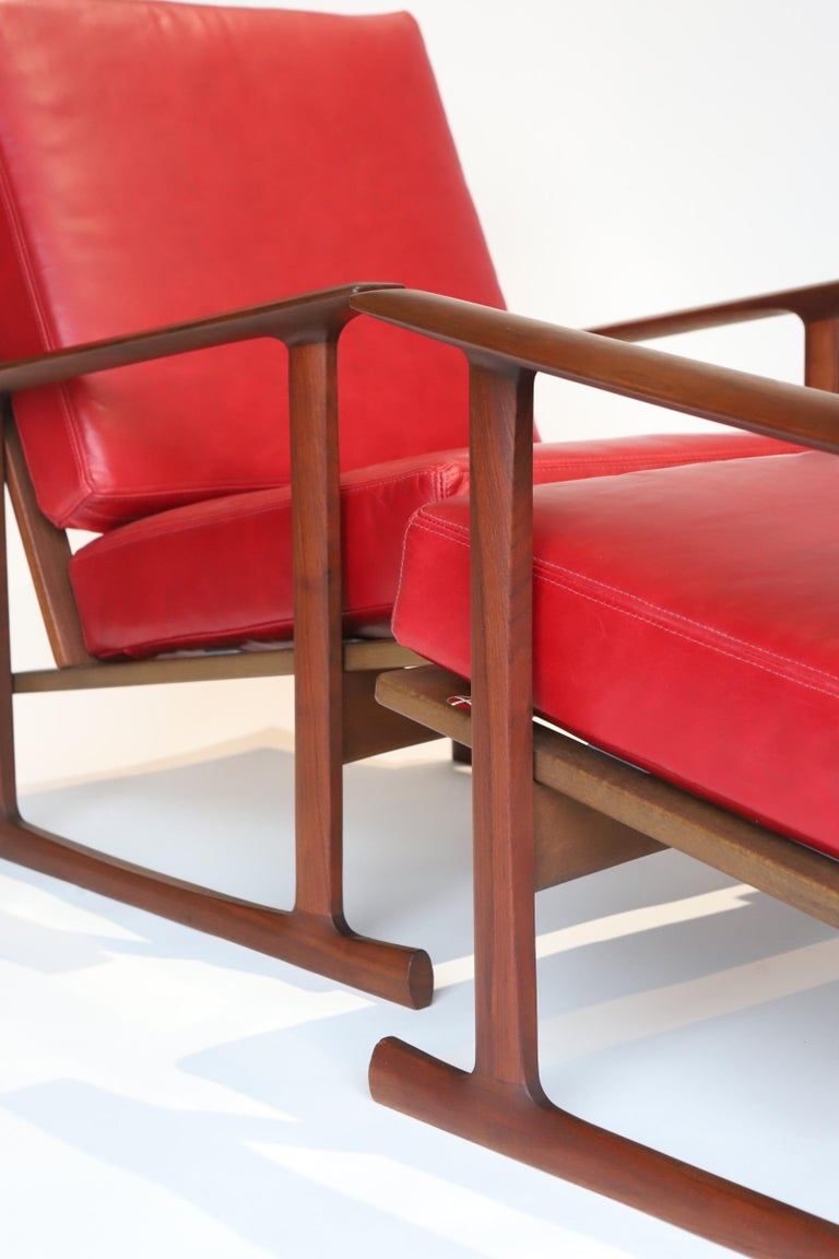 Pair of Lounge Chairs by Ib Kofod-Larsen For Sale 13