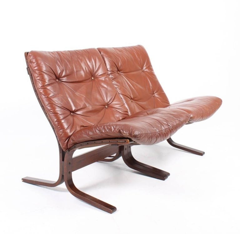 Scandinavian Modern Pair of Lounge Chairs by Ingmar Relling
