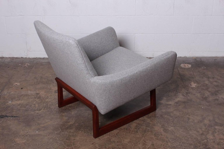 Pair of Lounge Chairs by Jens Risom For Sale 7