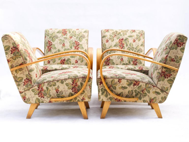 Pair of Lounge Chairs by Jindrich Halabala for UP Zavody Brno, 1930s For Sale 1