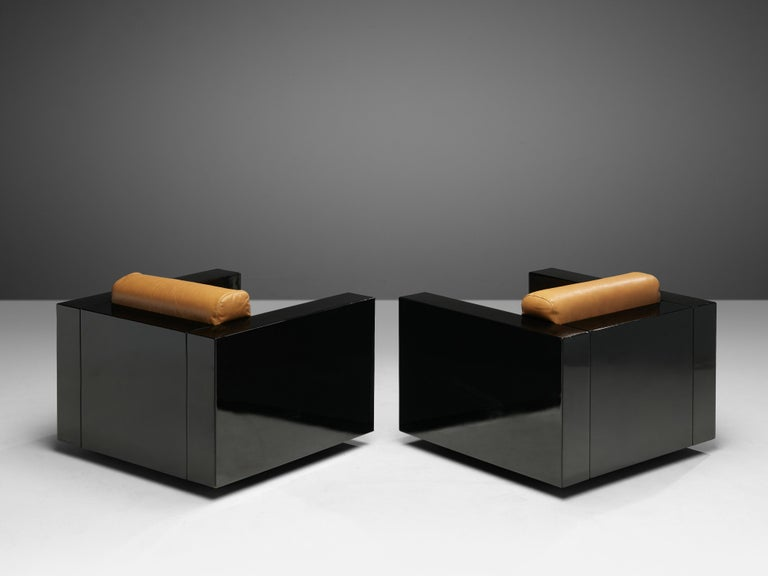 Lacquered Pair of Lounge Chairs by Lella & Massimo Vignelli For Sale