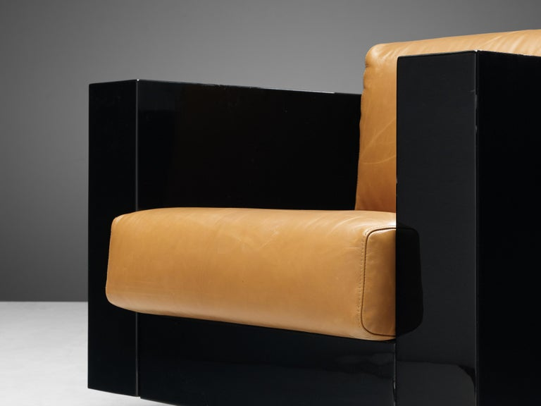 Pair of Lounge Chairs by Lella & Massimo Vignelli For Sale 1