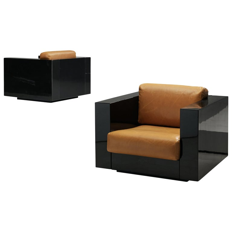 Pair of Lounge Chairs by Lella & Massimo Vignelli For Sale