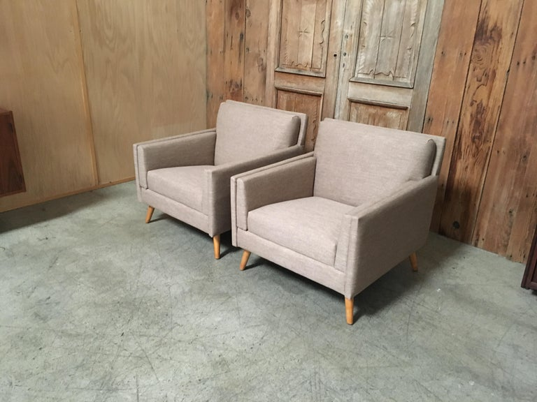 Pair of Lounge Chairs by Paul McCobb For Sale 4