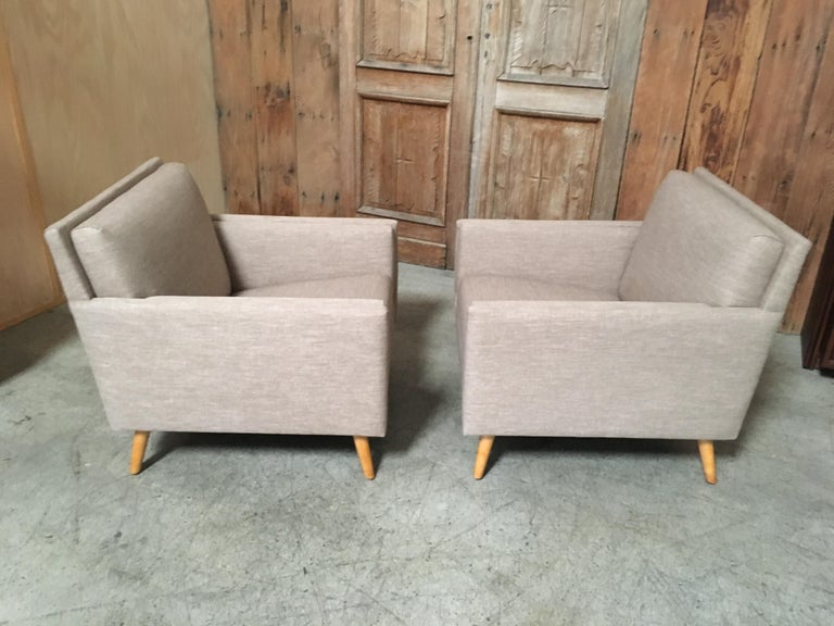 American Pair of Lounge Chairs by Paul McCobb For Sale