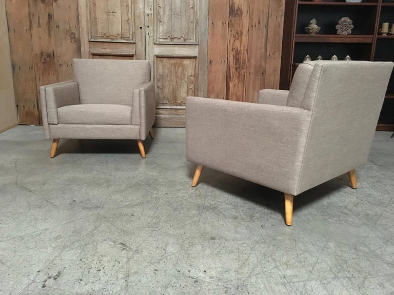 20th Century Pair of Lounge Chairs by Paul McCobb For Sale