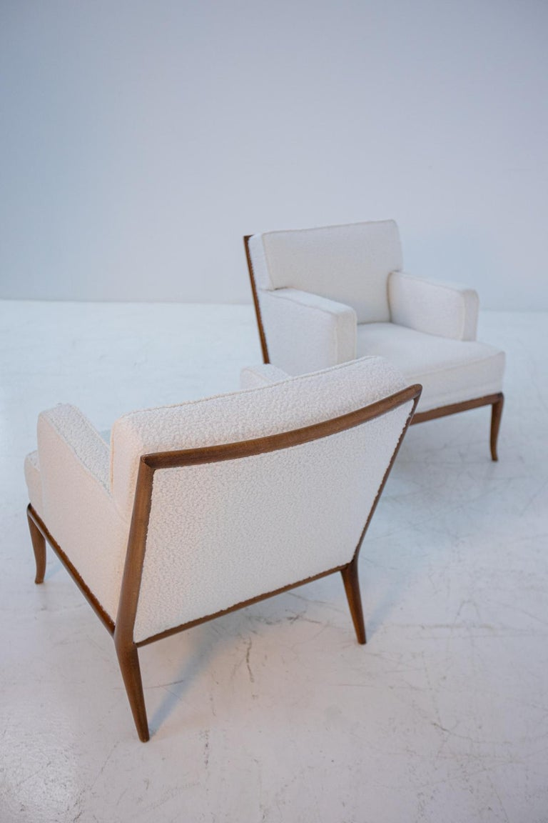 Mid-20th Century Pair of Lounge Chairs by T.H. Robsjohn-Gibbings in White Bouclè, 1950s For Sale