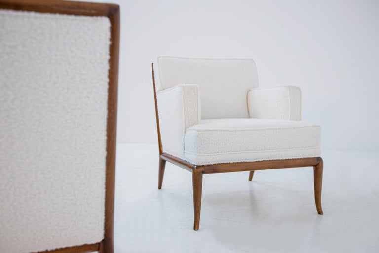 Pair of Lounge Chairs by T.H. Robsjohn-Gibbings in White Bouclè, 1950s For Sale 1