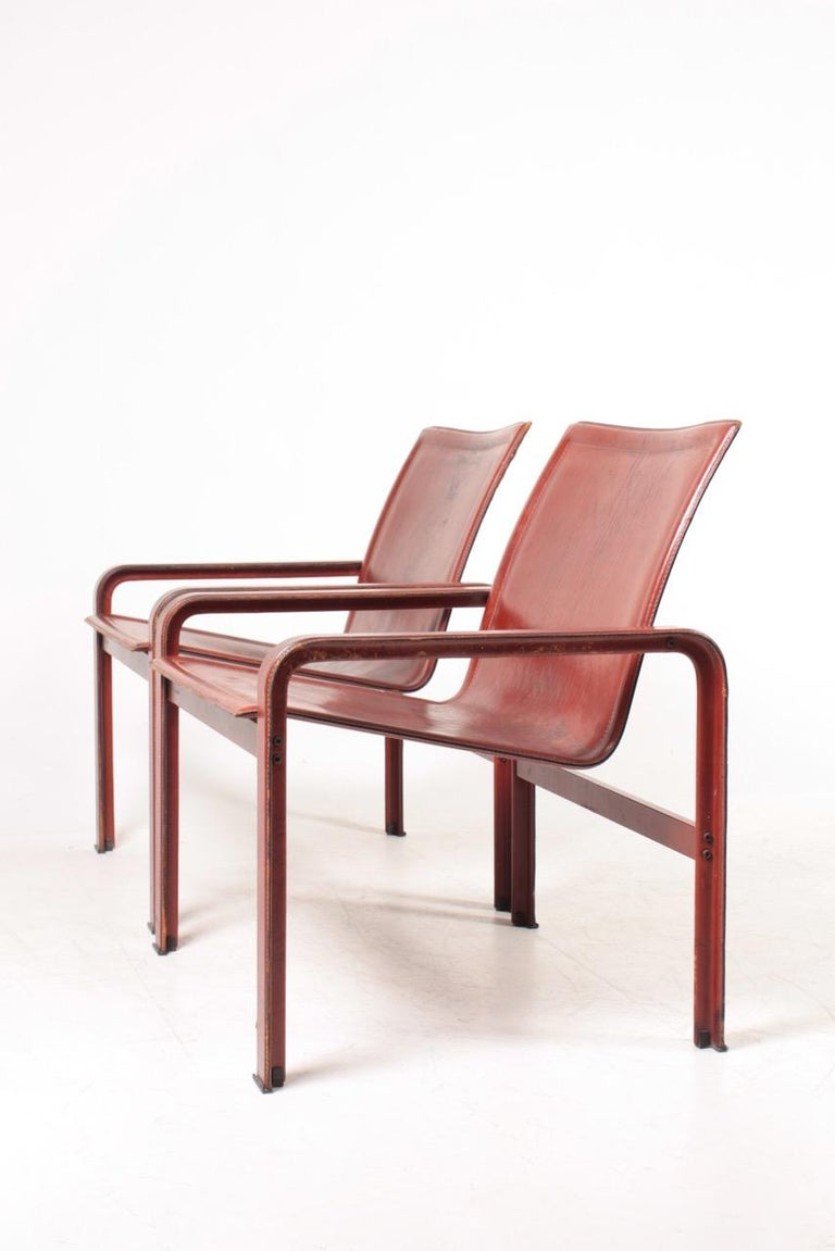 Pair of Lounge Chairs in Patinated Leather by Matteo Grassi, 1970s For Sale 4