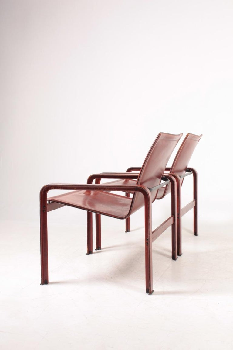 Pair of Lounge Chairs in Patinated Leather by Matteo Grassi, 1970s For Sale 5