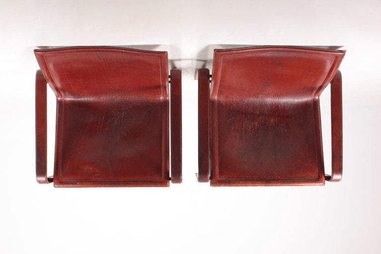 Pair of Lounge Chairs in Patinated Leather by Matteo Grassi, 1970s For Sale 2