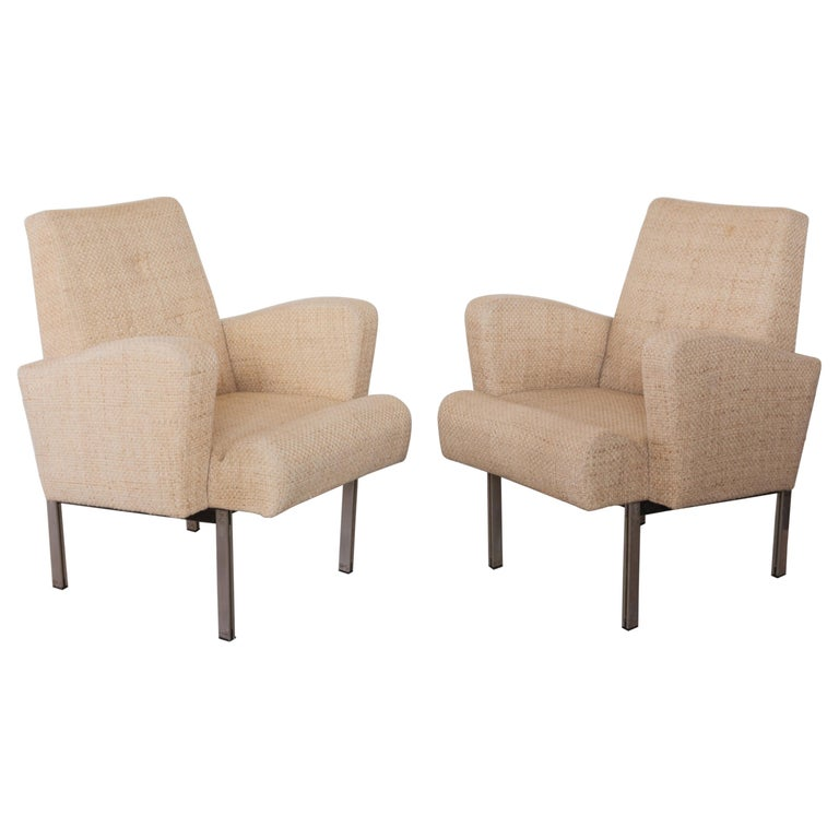 Pair of Lounge Chairs in Style of Milo Baughman for Thayer Coggin For Sale