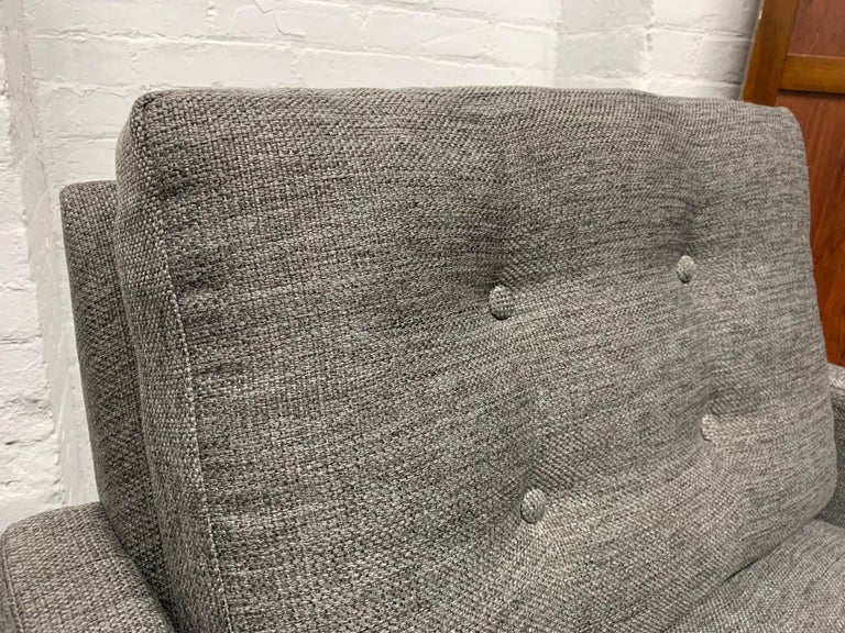 Mid-Century Modern Pair of Lounge Chairs on Plinth Base For Sale