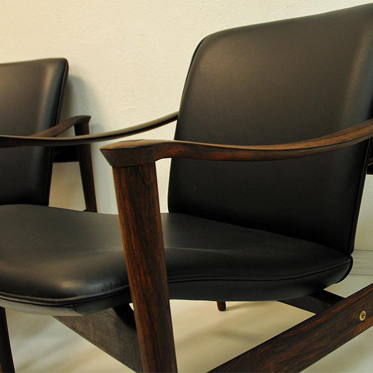Pair of Lounge Chairs Rosewood 711 by Fredrik Kayser-Vatne Lenestolfabrikk 1960s In Good Condition For Sale In Stockholm, SE