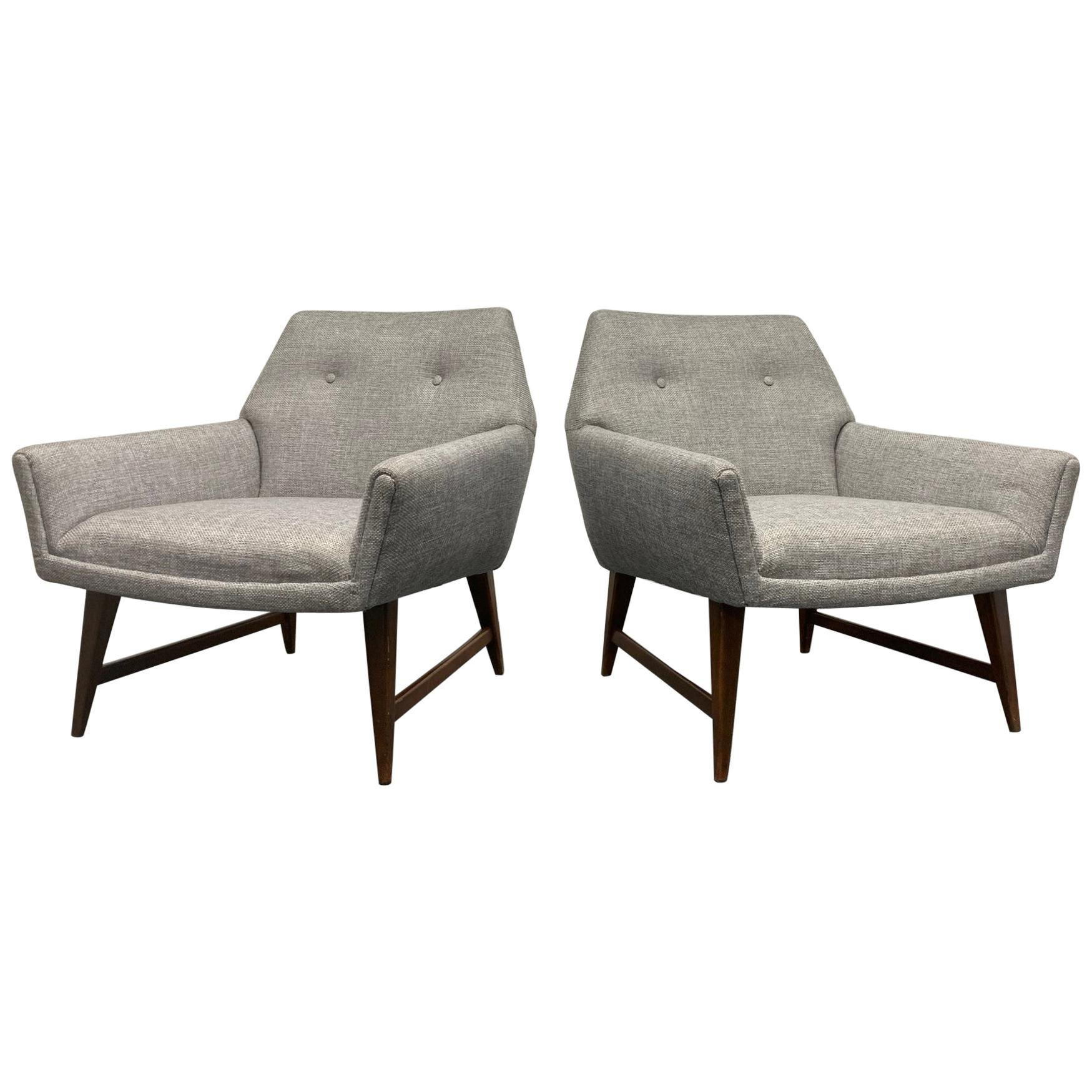 Pair of Lounge Chairs Style of Raphael