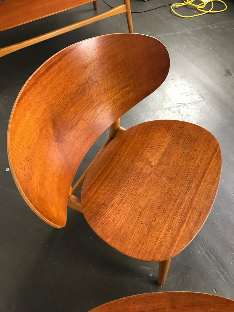 Beech Pair of Lounge Shell Chairs by Hans Wegner for Fritz Hansen For Sale
