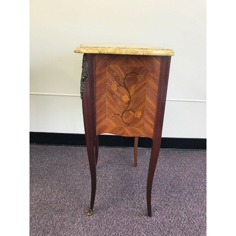 Pair of Lovely 20th Century French Marble and Wood Side Tables Nightstands For Sale 1
