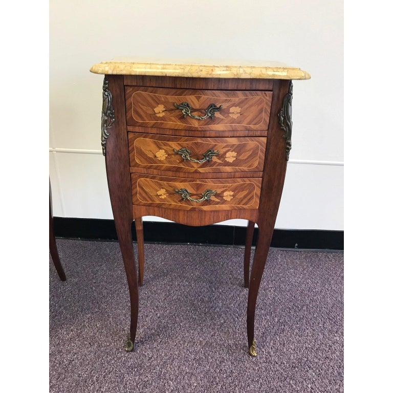 Pair of Lovely 20th Century French Marble and Wood Side Tables Nightstands For Sale 4
