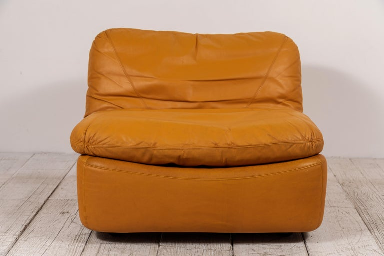 Pair of Low Kor Aldershof Tan Leather Lounge Chairs For Sale 1