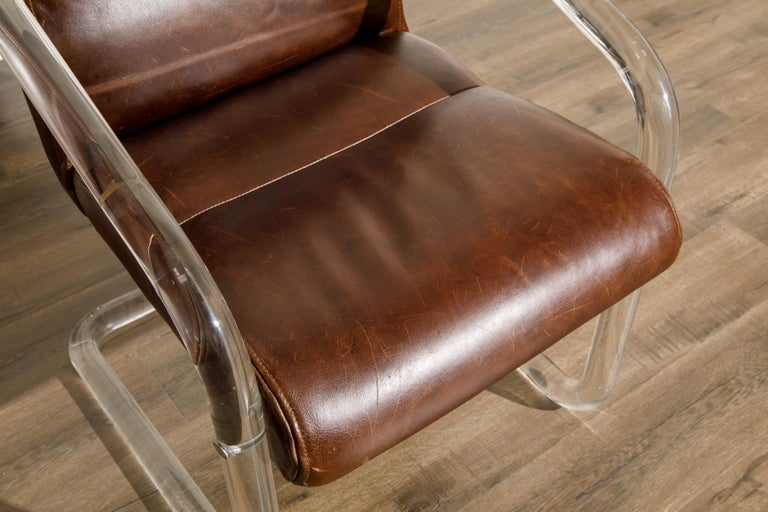Pair of Lucite and Thick Leather Armchairs by Lion in Frost, c. 1970s Signed For Sale 8