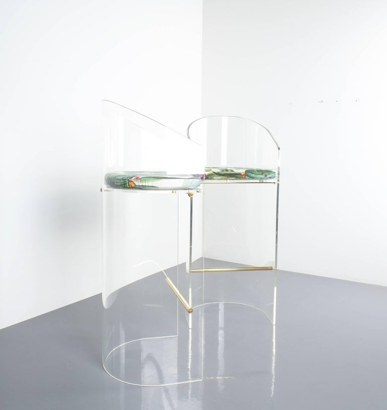 Pair of Lucite Brass Bar Stools Style Charles Hollis Jones, 1960 7