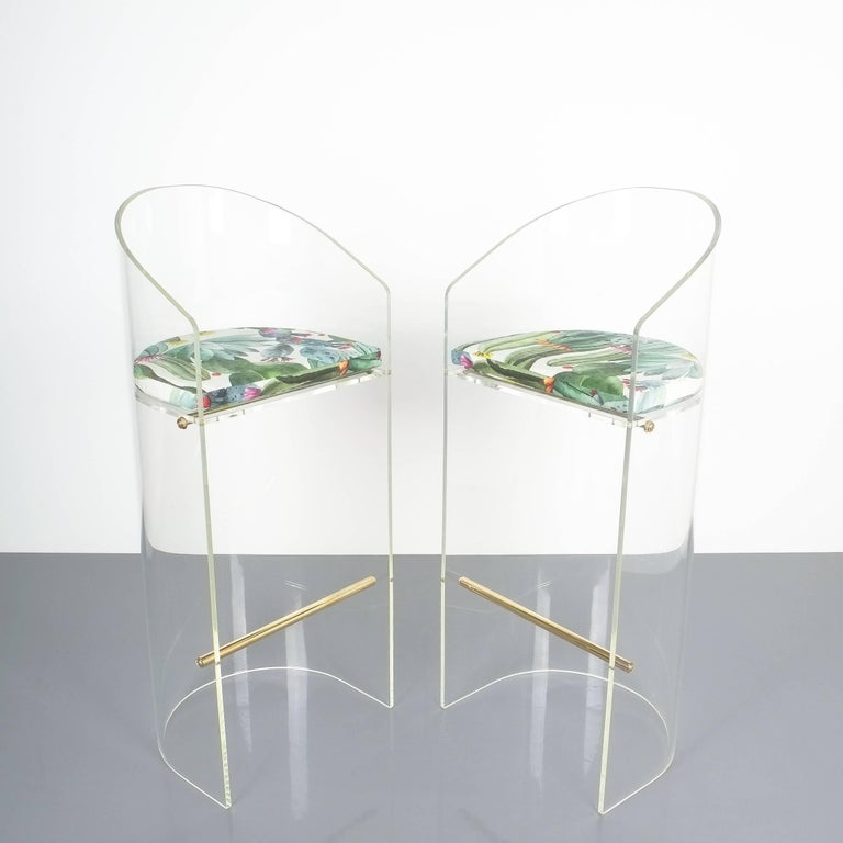 Mid-20th Century Pair of Lucite Brass Bar Stools Style Charles Hollis Jones, 1960