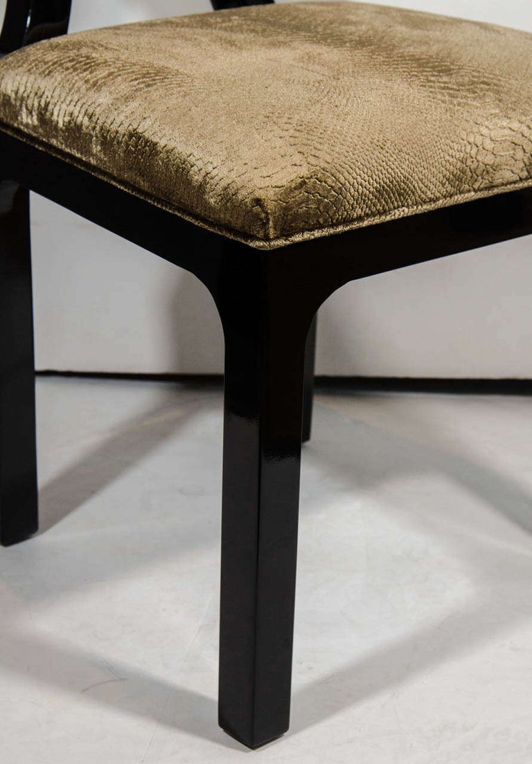 Pair of Luxe Hollywood Regency Side Chairs in Embossed Velvet In Good Condition For Sale In Miami, FL