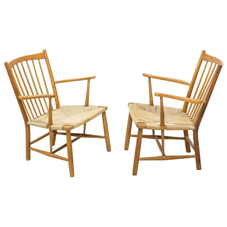 """Pair of """"Magasin du Nord"""" lounge chairs by Hans J. Wegner, FDB, Denmark, 1940s For Sale"""