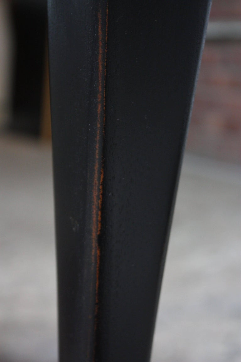 Pair of Mahogany and Ebonized Walnut Chippendale-Style Tall End Tables For Sale 14