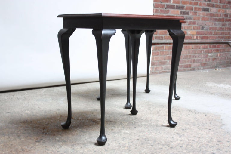 Pair of Mahogany and Ebonized Walnut Chippendale-Style Tall End Tables For Sale 5